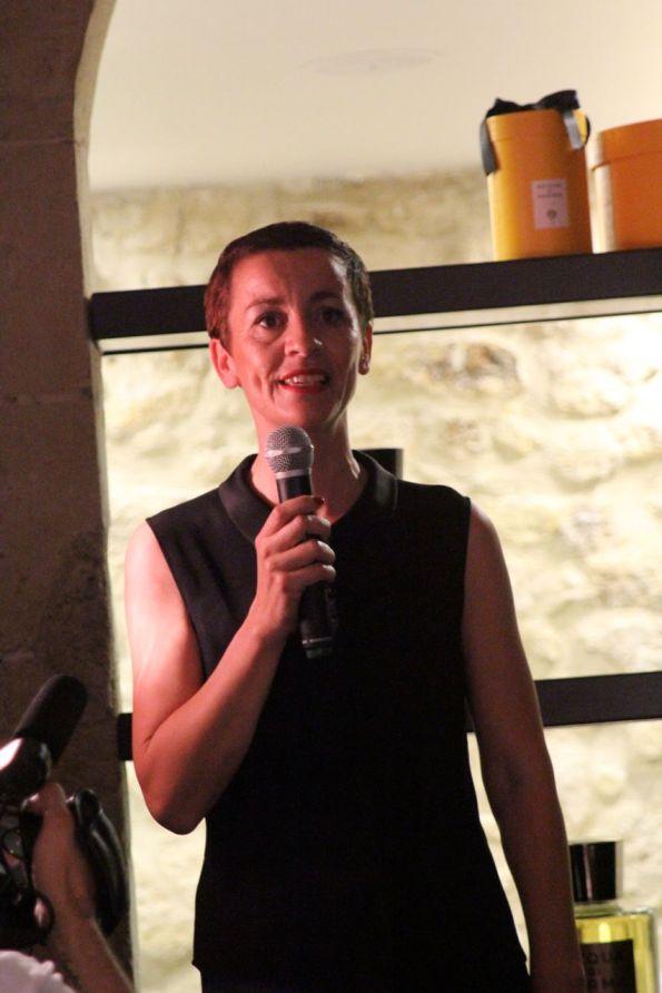 Sarah, Barbière de Paris